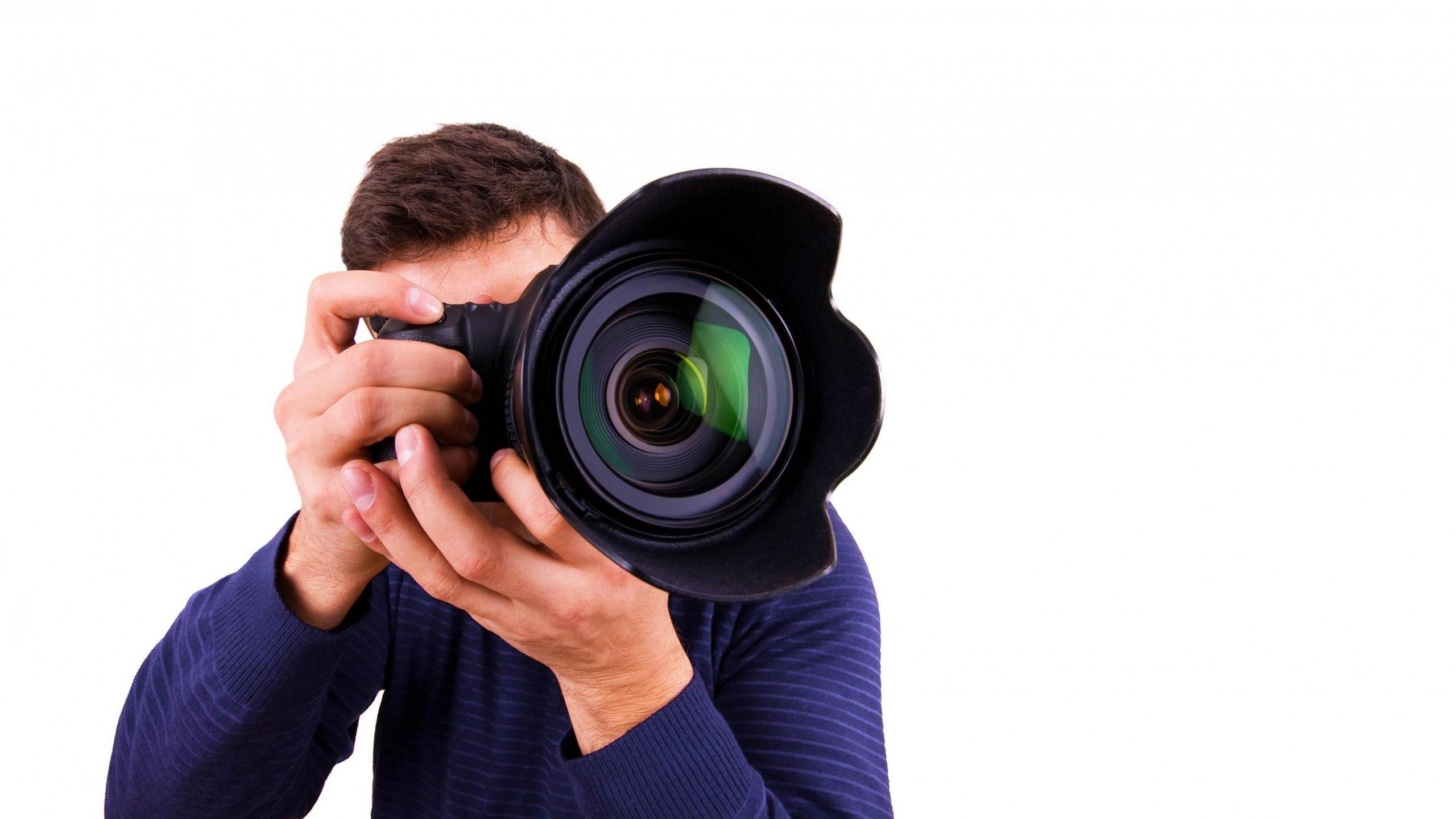 3554x1999 photographer man hands